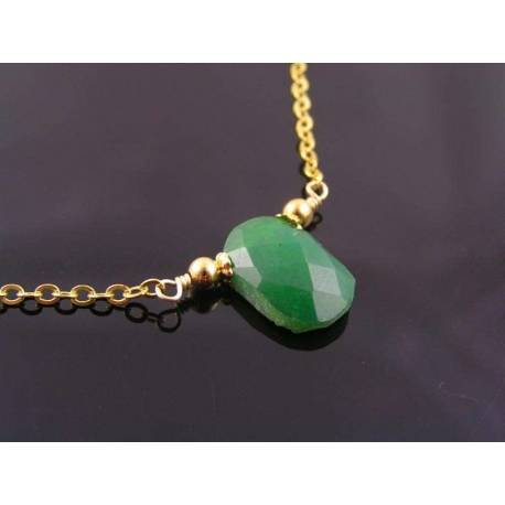 Gold Necklace with Chrysoprase