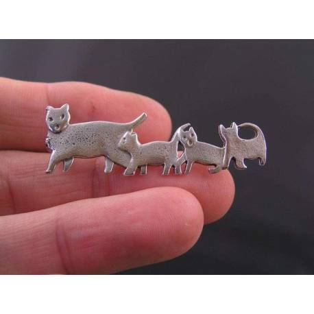 Cat with Kittens Brooch