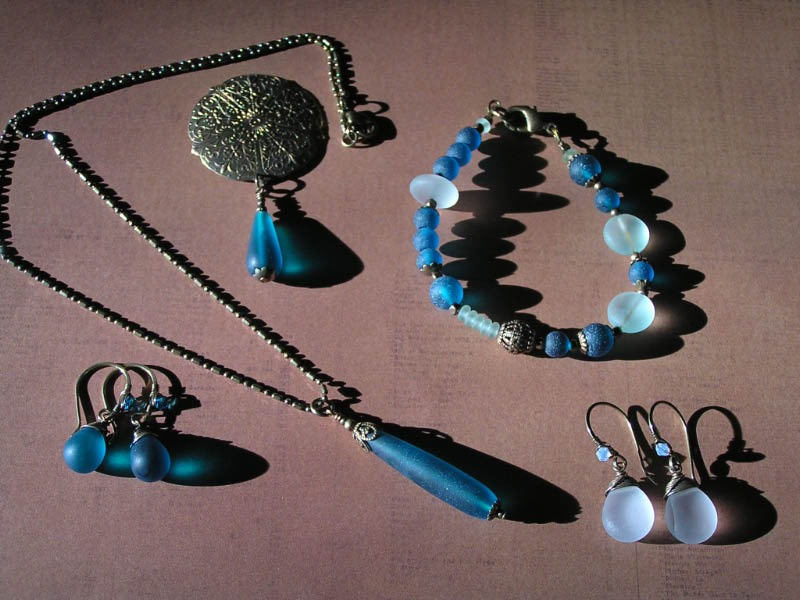 A Set of Teal Coloured Sea-Glass Jewellery - Brand New