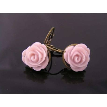 Old Fashioned Flower Earrings, Pale Lavender