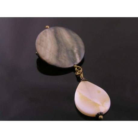 Mother-of-Pearl Shell Brooch