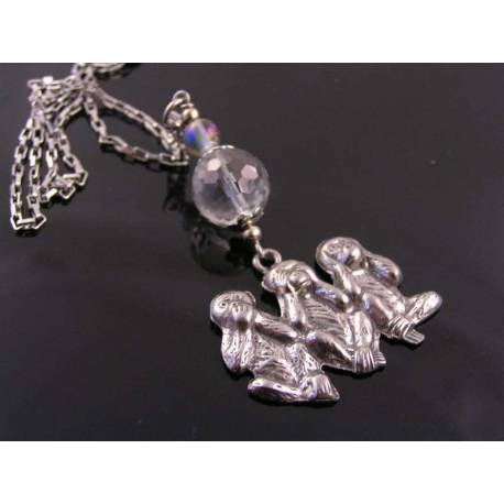Three Wise Monkeys, Necklace