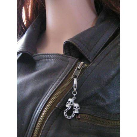 Zipper Pull - Skulls on Chain, Great Biker Gift
