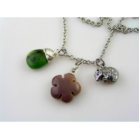 Australian Necklace with Wombat Charm, Mookaite and Chrysoprase