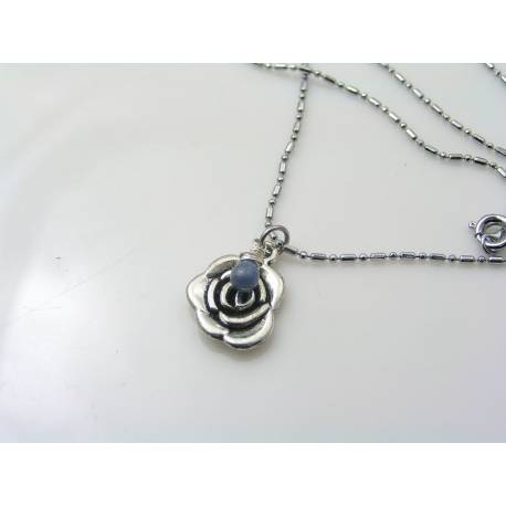Cute Flower Necklace with Blue Sapphire