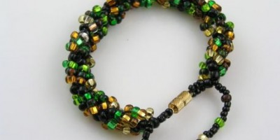 Gift with Purchase - Handmade Seedbead Bracelet in Green and Gold